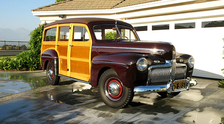 42-Ford-Woody